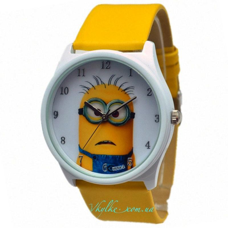Часы «Миньоны» желтые
