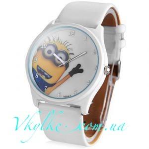 Часы «Миньоны» белые