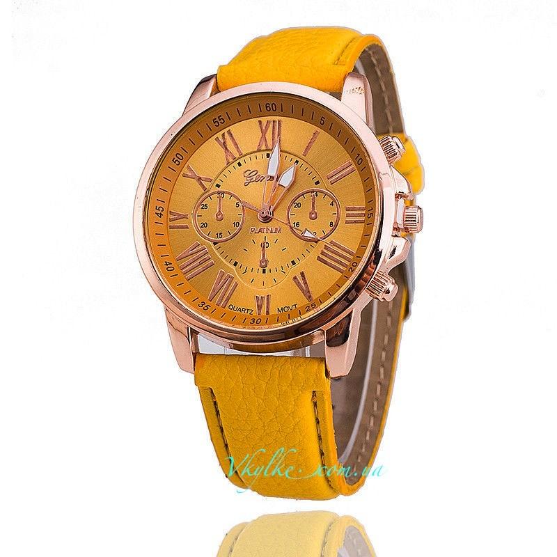 Часы Geneva с кожаным ремешком желтые