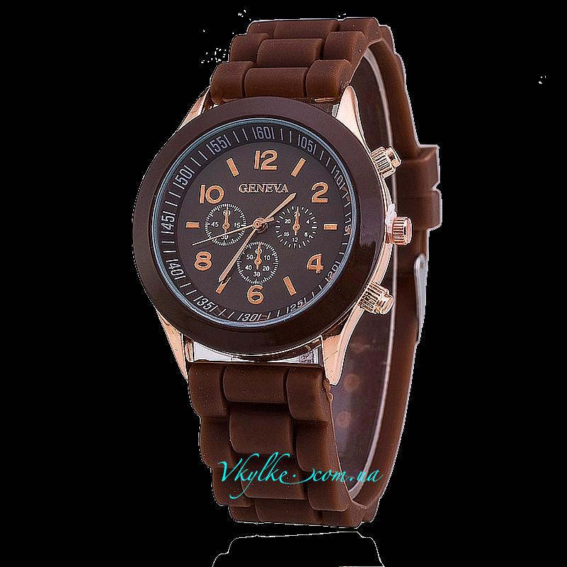 Часы Geneva коричневого цвета