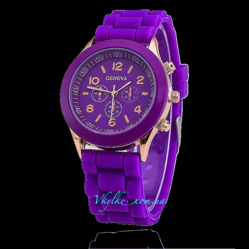 Часы Geneva фиолетового цвета